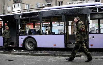 Захарченко обіцяє відсунути лінію фронту від Донецька