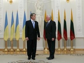 Ющенко заявил, что Раде не нужна нянька