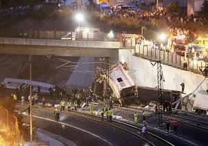 Крушение поезда в Испании: число жертв достигло 35 человек, 200 ранены