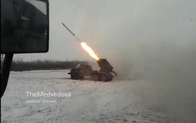 Сепаратисты сняли на видео, как стреляют из  Градов