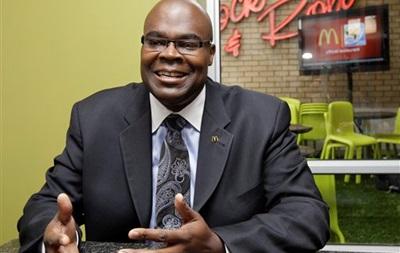Президент McDonald s йде у відставку