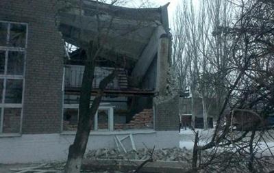 Обстрел Докучаевска: в городе нет света, остановились предприятия