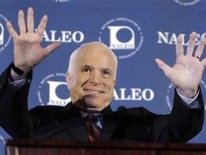 Опрос: Русскоязычная община США поддерживает Маккейна