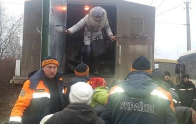 Спасатели не смогли вывезти людей из Донецкой области из-за обстрелов