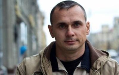 Українського режисера Сенцова залишили під арештом ще на два місяці