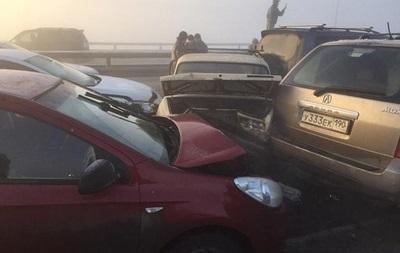 Під Москвою зіштовхнулися 37 автомобілів