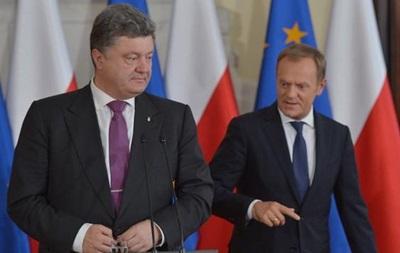 Порошенко пригласили на заседание Евросовета после встречи в Минске