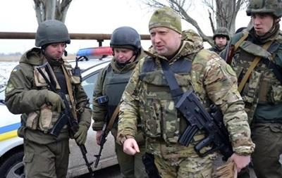 Турчинов: Залогом мира и стабильности в Украине должна быть сильная армия
