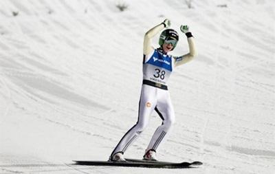 Словенец установил мировой рекорд по прыжкам на лыжах с трамплина