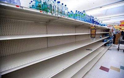 В крымских магазинах изымают продукты из Евросоюза