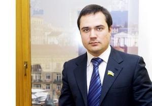 Адвокат Комарницкого подтвердил, что глава фракции Блока Черновецкого задержан по статье  разбой
