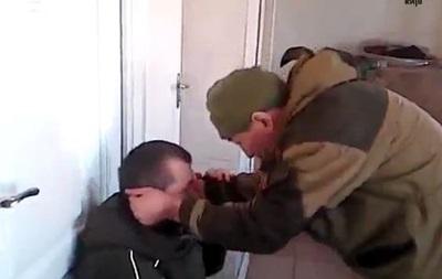 У мережі з явилося відео побиття  Якутом дезертира ДНР