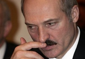 Белорусские ветераны предложили Лукашенко вместе навести порядок в стране