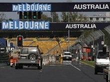 Перенос старта Гран-при Австралии не устраивает босса Формулы-1