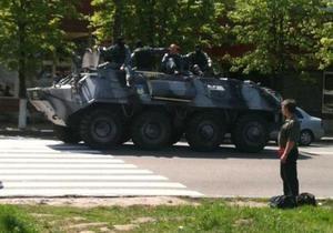 Глава МВД не давал распоряжения выводить БТРы на улицы Днепропетровска