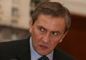Черновецкий заявляет о политических преследованиях