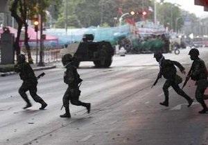 Таиландские военные стягивают технику в район протестов оппозиционеров