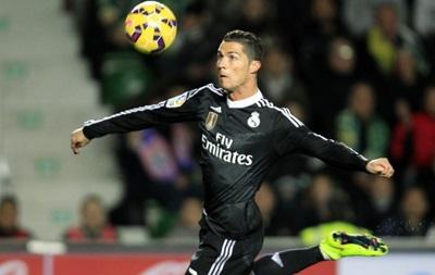 Успешный человек: Роналду признан самым богатым футболистом мира