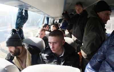 П ятьох українських військових звільнили з полону