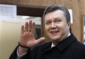 Янукович в день инаугурации посетит Киево-Печерскую Лавру и посмотрит футбол