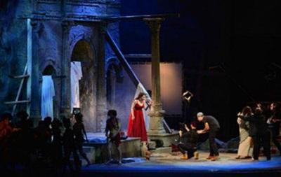 Російський театр звинуватили в образі почуттів вірян