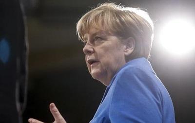 Меркель лично поговорила с родными Савченко - посол Украины