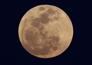 Nature Geoscience: Крупнейшее лунное море оказалось следом астероида