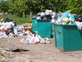 Киевсовет запретил вывозить мусор ночью