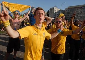 В период Евро-2012 поток туристов в Украину увеличился до 300 тыс. ежедневно - Колесников