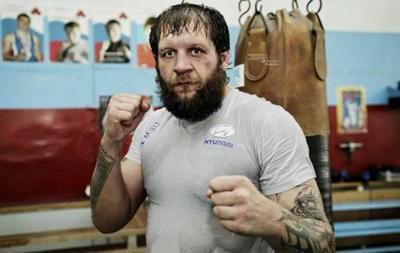 Ємельяненку обіцяють організувати бій відразу після його виходу з в язниці