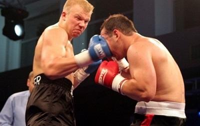Бокс: Украинец Кучер 30 мая встретится с российским чемпионом Европы