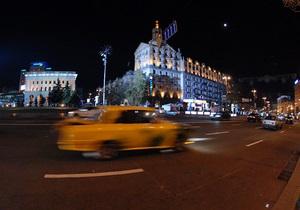 Подход к магазинам на Крещатике во время Евро-2012 может быть затруднен