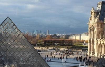 В Париже похищены драгоценности на сумму более миллиона евро