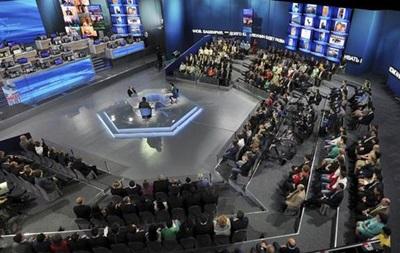 Опрос: Около половины россиян считают прямую линию с Путиным  показухой