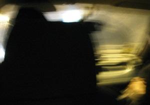 В Ровно пьяный киевлянин заехал на автомобиле на яблоню