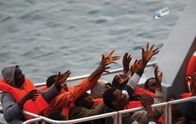 У берегов Ливии перевернулся корабль с 700 мигрантами
