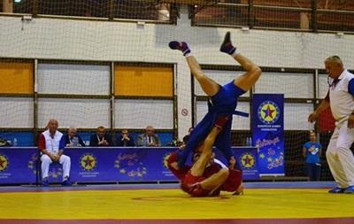 Украинская молодежная сборная по самбо завоевала 19 медалей на чемпионате Европы