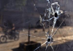 Миротворцы ООН добрались до места резни в Хаме и подверглись обстрелу