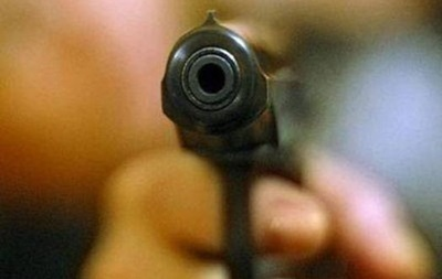 В Артемовске ученик ранил из пневматического пистолета одноклассника