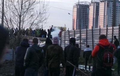 Бійка на будівництві у Києві: двоє міліціонерів госпіталізовані