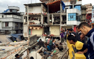 Землетрус в Непалі: введено режим НС, 1,5 тисячі загиблих