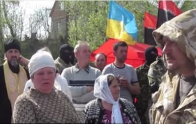 На Тернопольщине люди в камуфляже пытались захватить храм