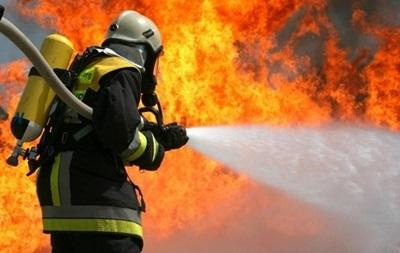 Пожар в Чернобыльской зоне тушат два самолета и вертолет