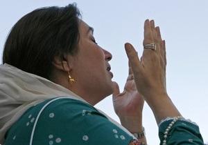 Бывшего президента Пакистана внесли в список обвиняемых по делу об убийстве Беназир Бхутто