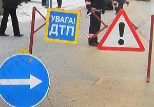 В Киевской области водитель автомобиля врезался в обелиск Гонгадзе