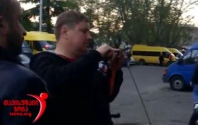 У Грузії російських байкерів змусили зняти георгіївські стрічки