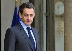 Саркози и премьер Великобритании потребовали отставки  Каддафи и его клики