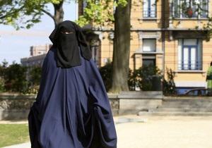 В Бельгии мусульманка избила дочь молотком за роман с христианином