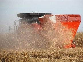 В России по вине закуривших комбайнеров сгорело поле пшеницы