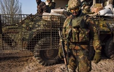 У зоні АТО за добу загинули п ятеро українських військових - Лисенко